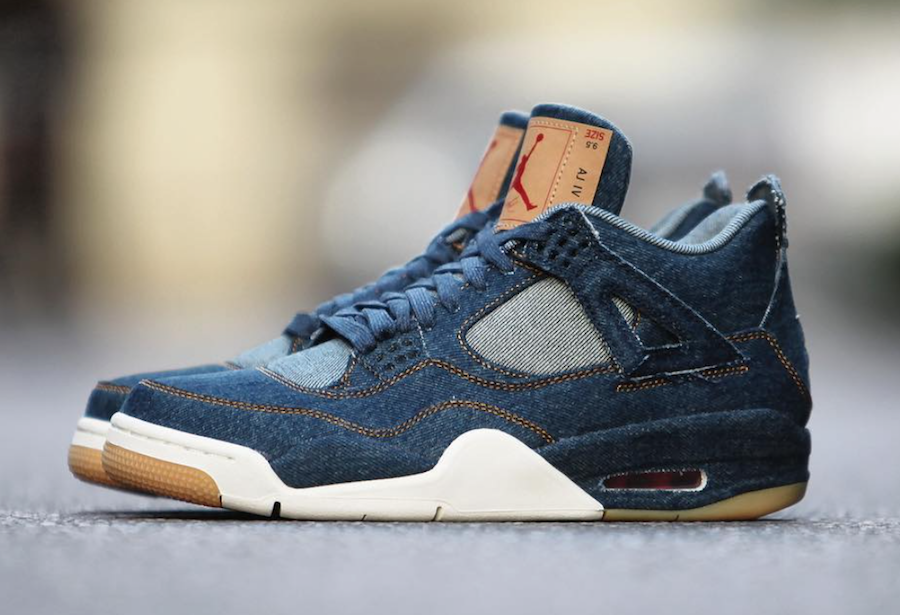 the latest 58da3 a0ee7 Official pictures of Levi's® x Air Jordan 4 Black & White Denim